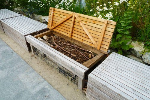 Compost Bench