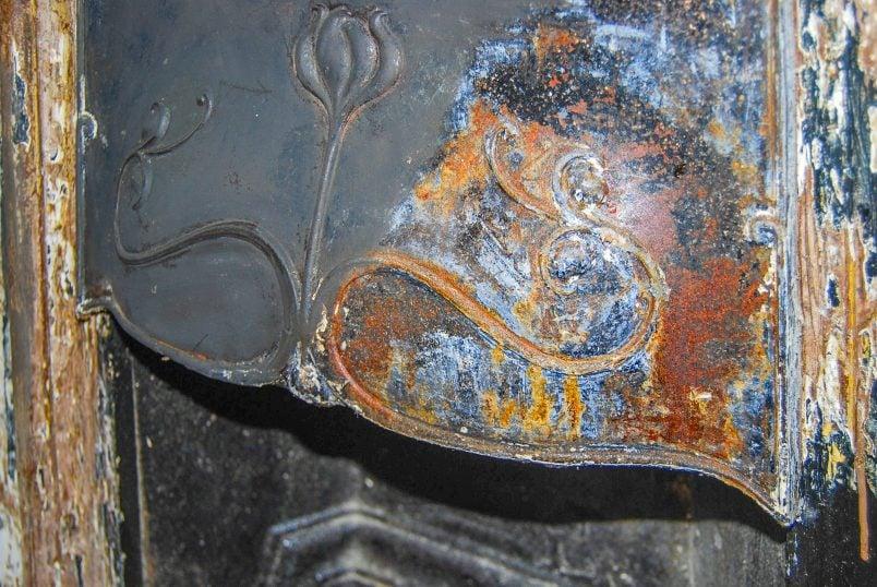 Restoring An Original Cast Iron Fireplace
