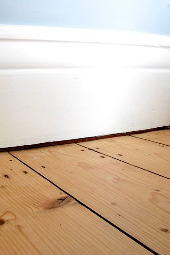 Gap Between Skirting And Floor