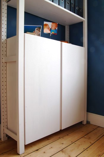 Adjusting Cupboard Doors