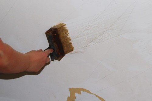 How To Strip Wallpaper