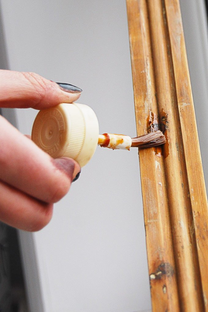 Painting Woodwork - Knotting Solution - Little House On The Corner
