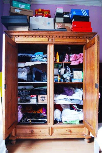 Messy Closet Makeover