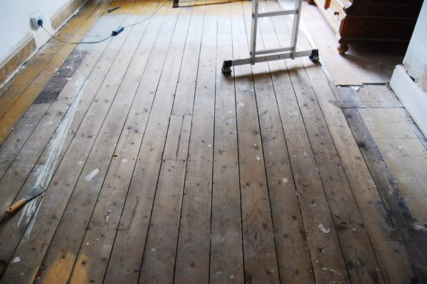 How To Sand Floorboards Yourself