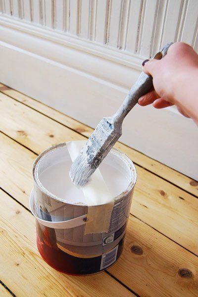 How To Paint Skirting Boards