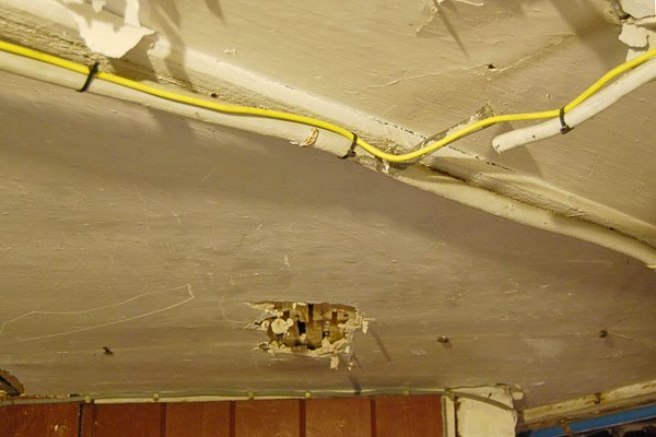 Insulating Under A Suspended Floor