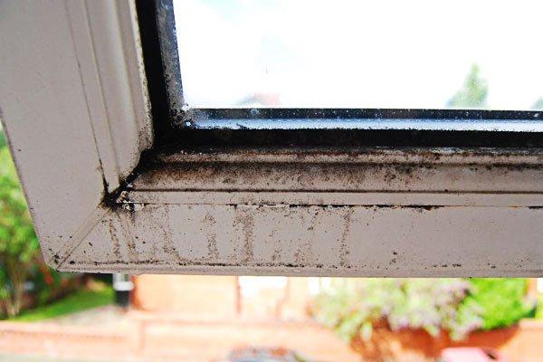 Dirty Windowframe