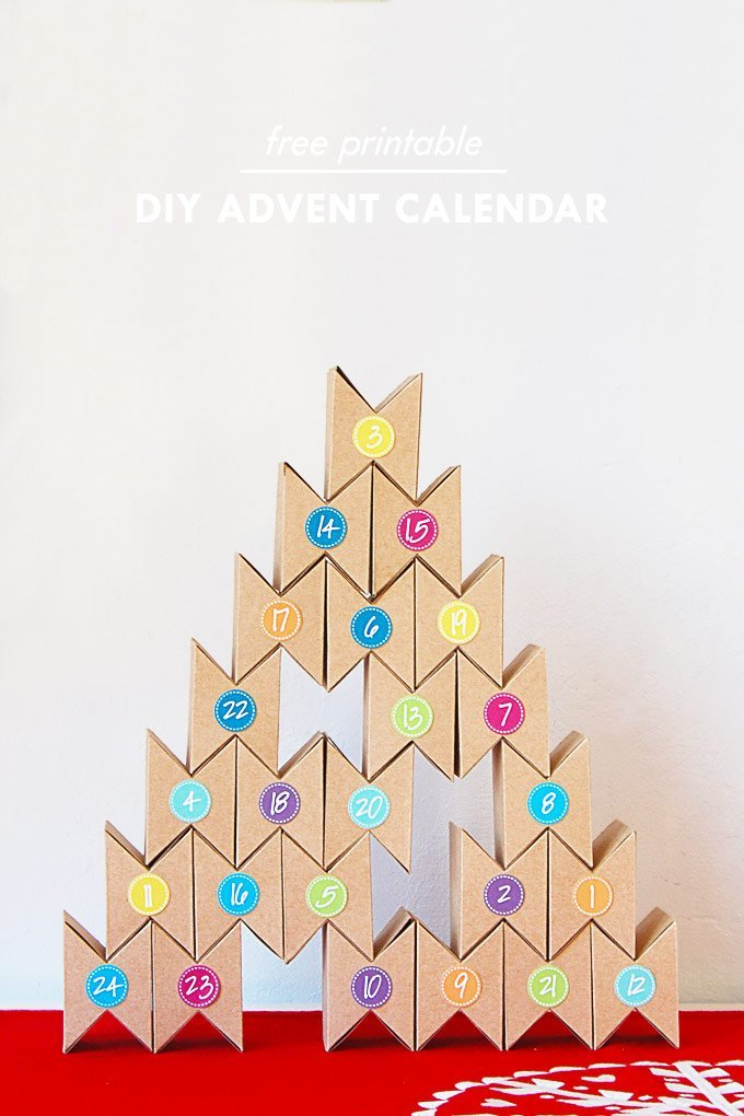 DIY Advent Calendar - Free Printable | Little House On The Corner