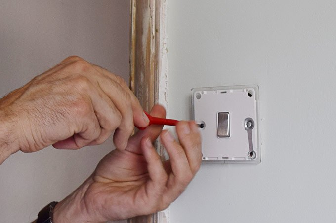 How To Change A Light Switch
