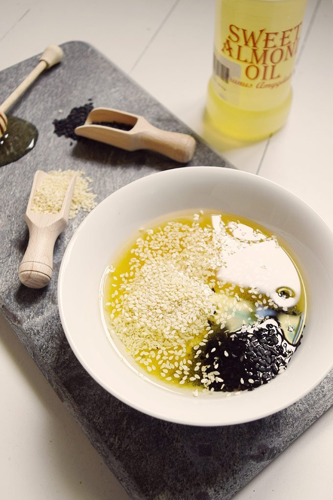 DIY Honey & Sesame Scrub
