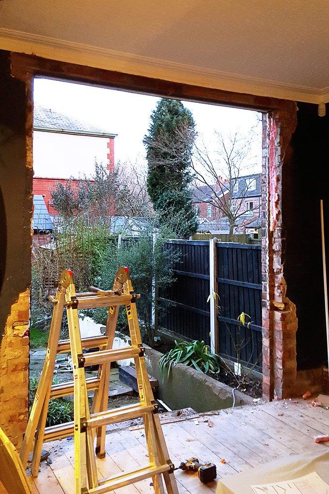 Installling Bifold Doors