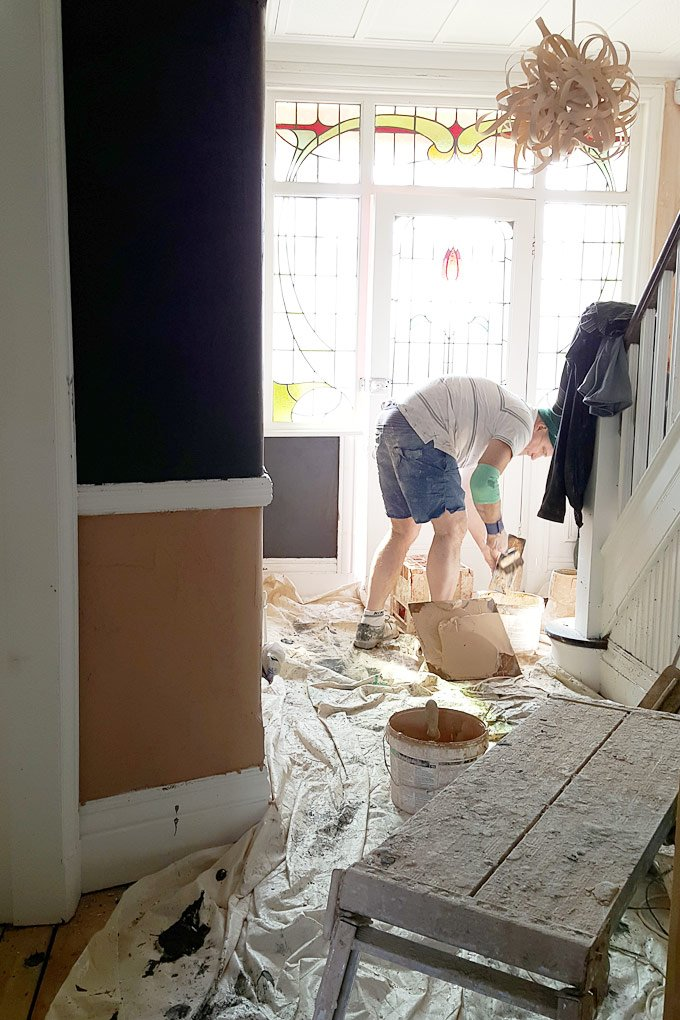 Plastering with Magnetic Plaster