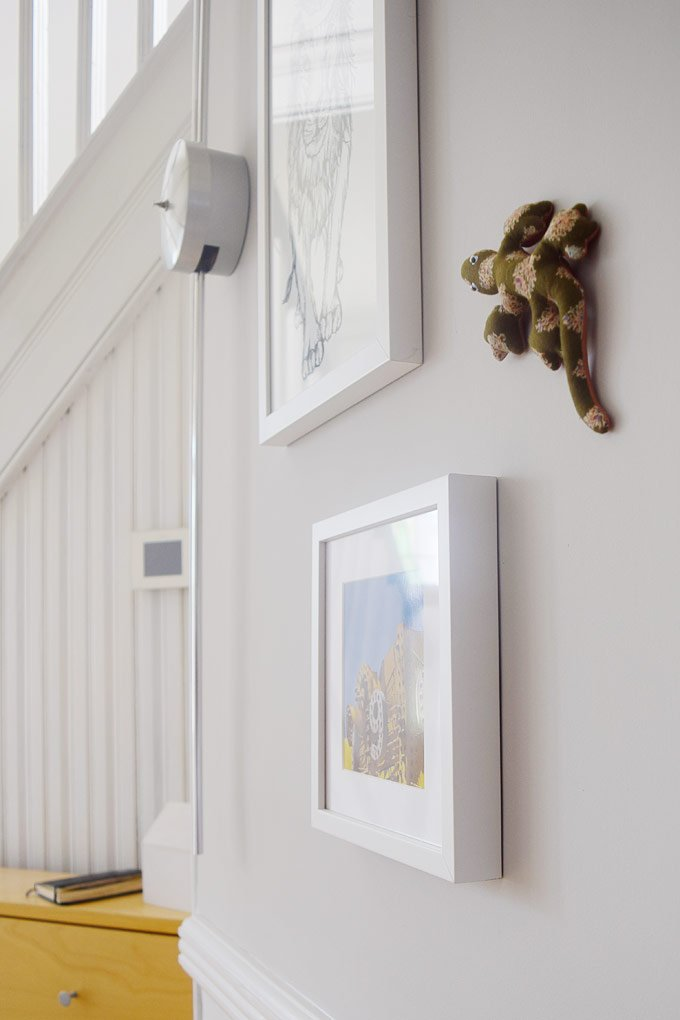 Magnetic Plaster - Attaching A Picture Frame