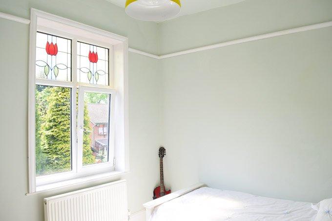 Bedroom in Pale Powder
