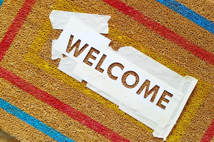 DIY Welcome Mat - Words | Little House On The Corner