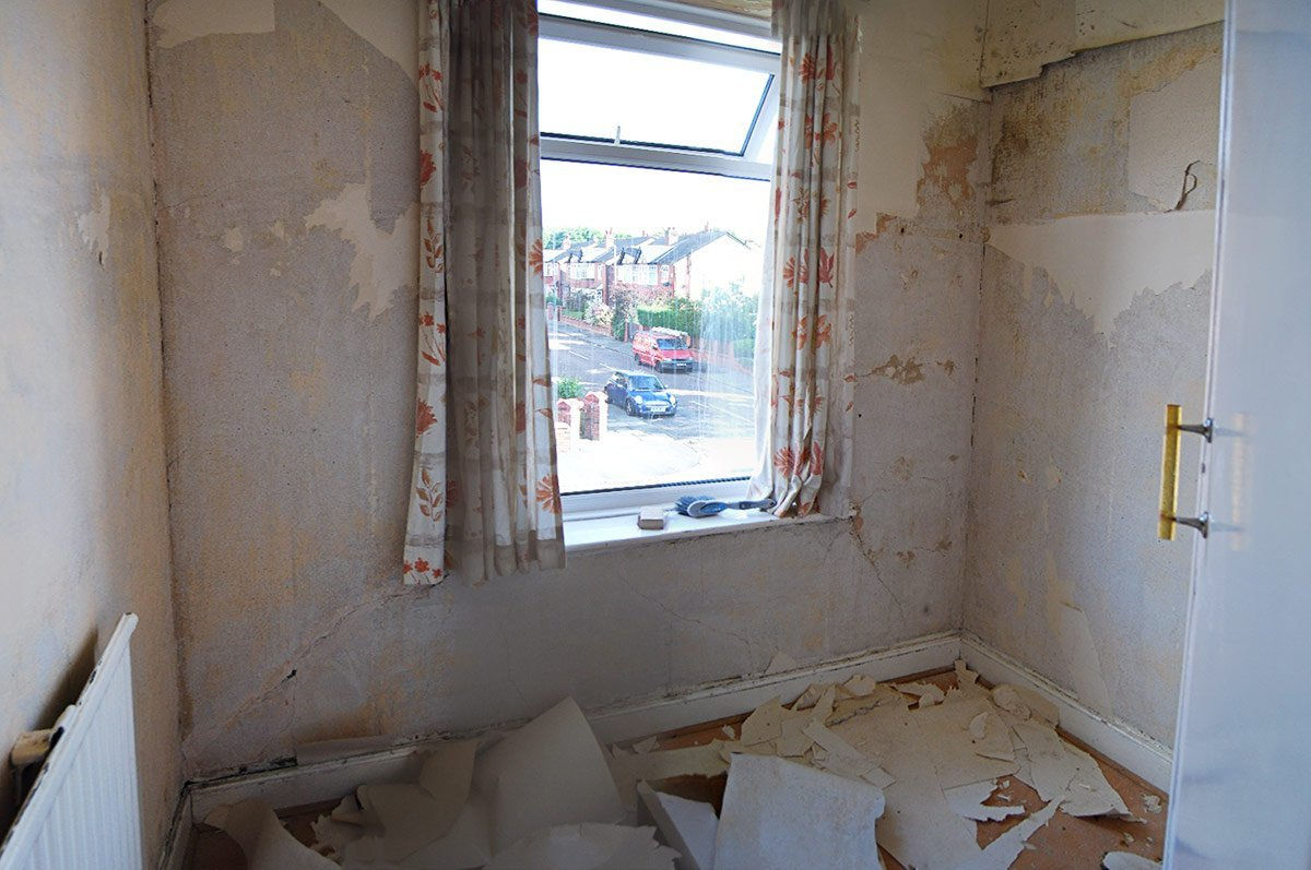 Office Before - Removing Wallpaper | Little House On The Corner