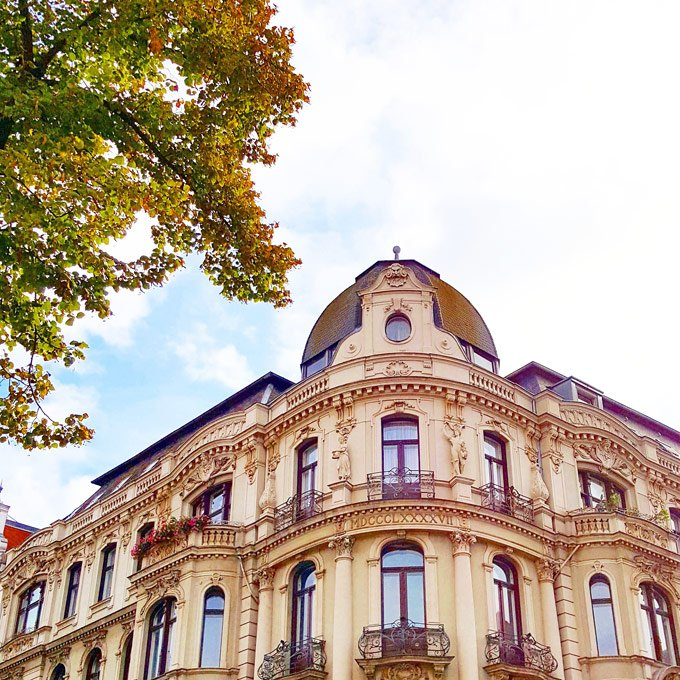House Hunting In Berlin | Little House On The Corner