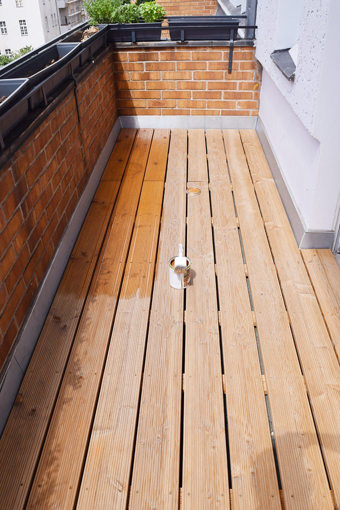 Treating Decking with Decking Oil Little House On The Corner