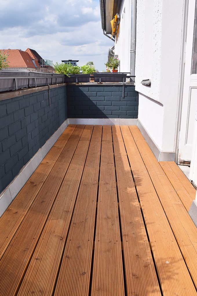 Treating Decking & Painting Brick | Little House On The Corner