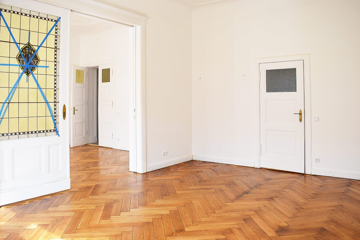 Sanded Herringbone Parquet Floor | Little House On The Corner
