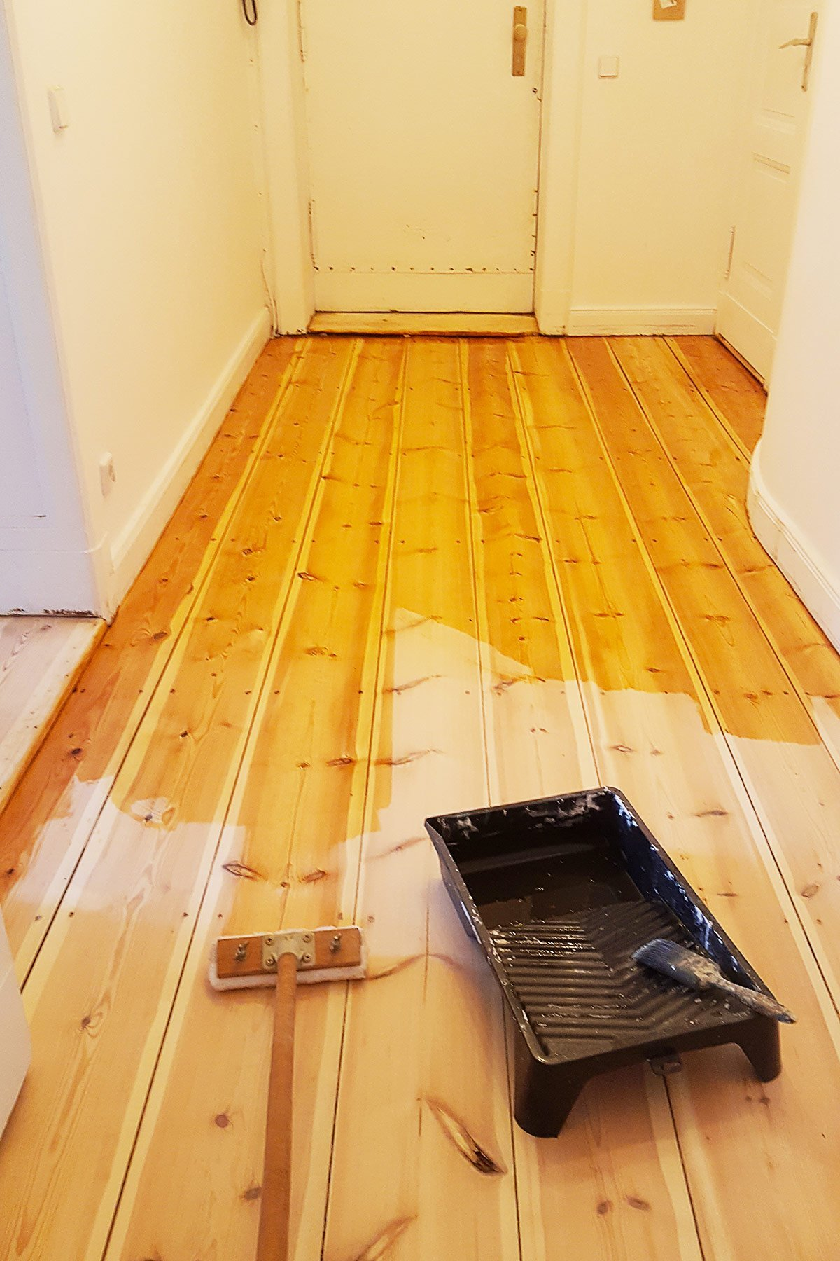Sanding Floorboards - Oiling | Little House On The Corner
