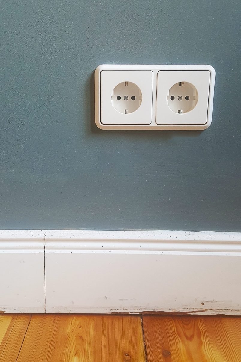 How To Paint Switches & Sockets