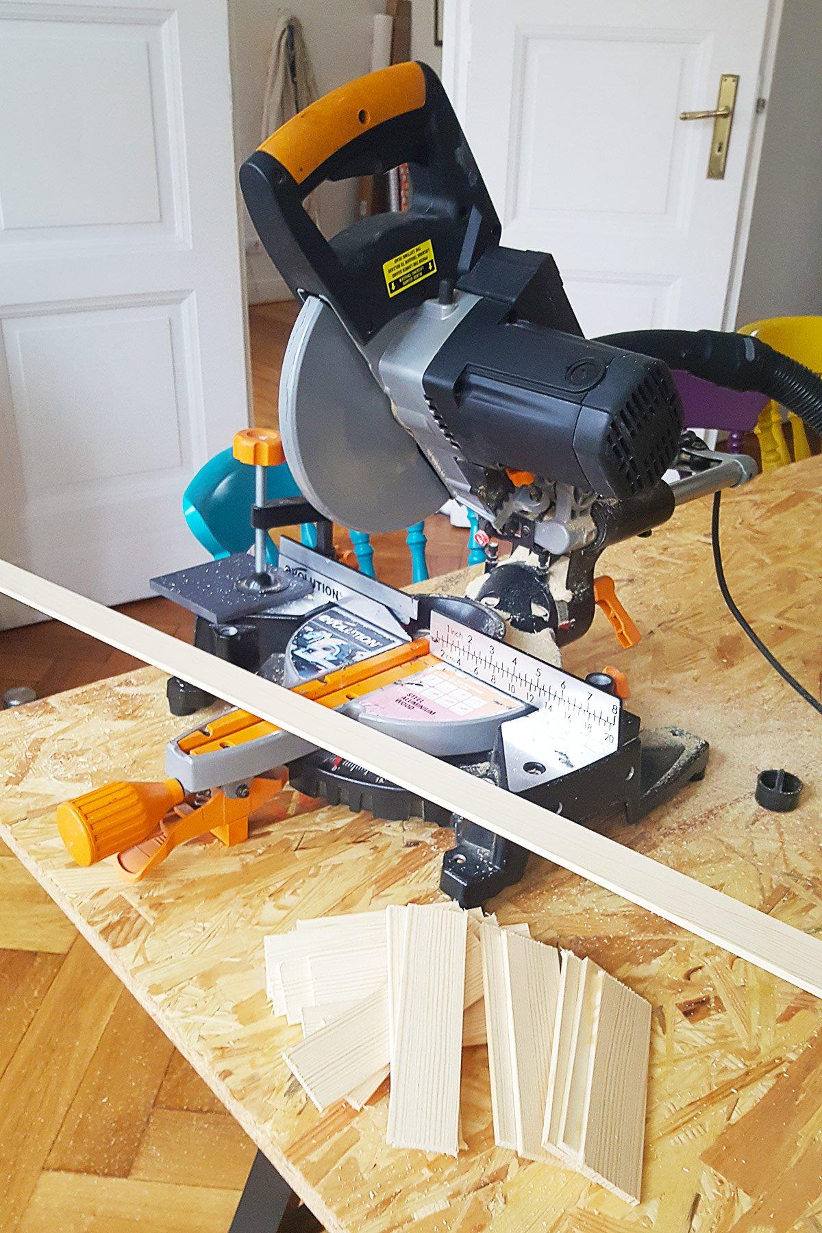 DIY Herringbone Desk - Cutting | Little House On The Corner