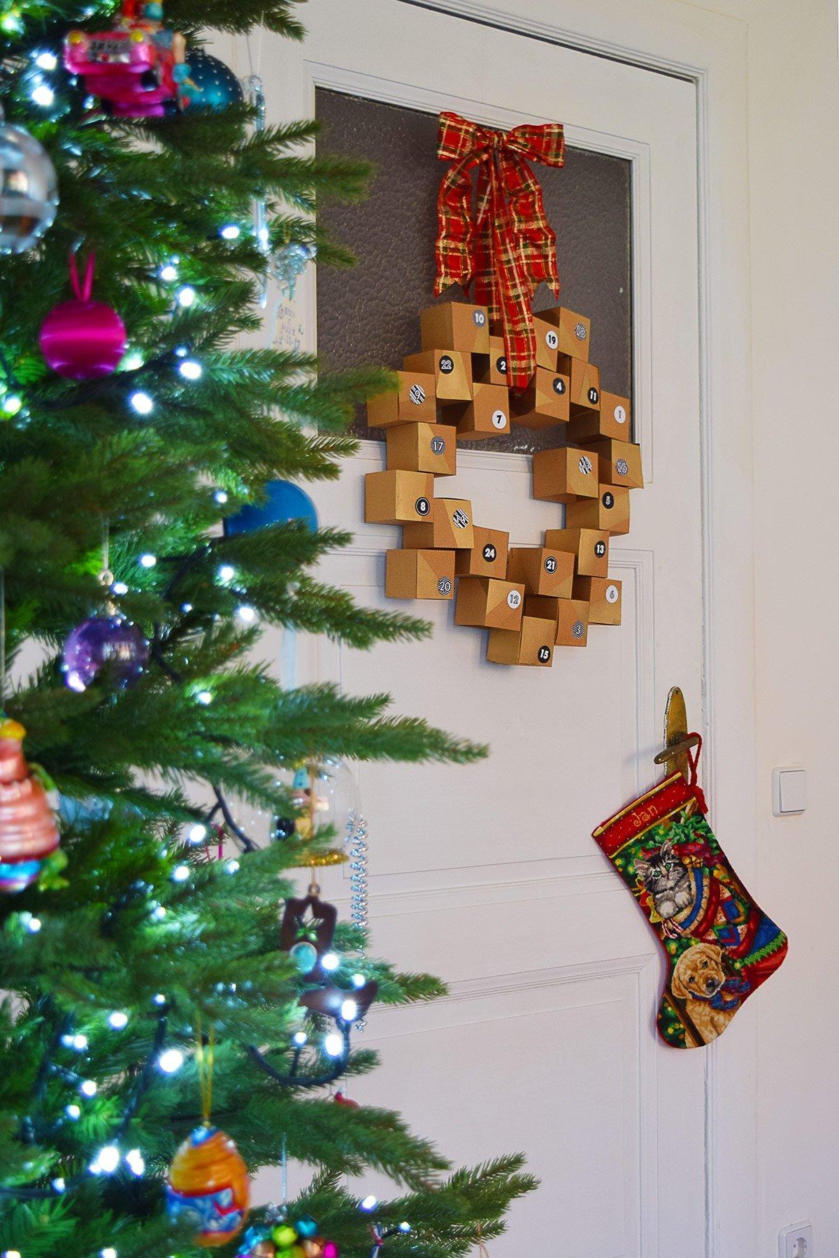 Diy Advent Calendar Wreath : Diy advent calendar wreath a free printable little
