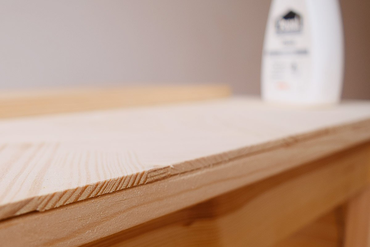 DIY Herringbone Desk - Filling | Little House On The CornerDIY Herringbone Desk - Finishing The Edge | Little House On The Corner