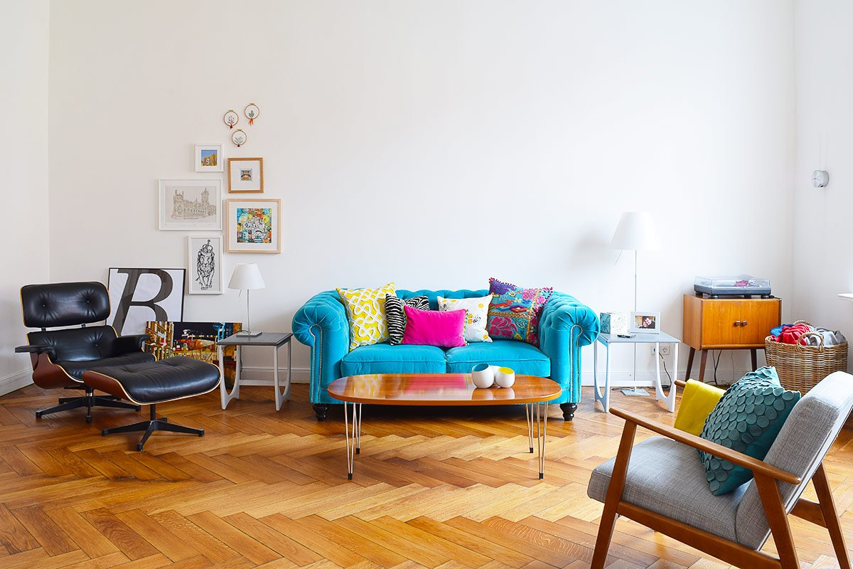 Living Room with Turquoise Chesterfield Sofa | Little House On The Corner