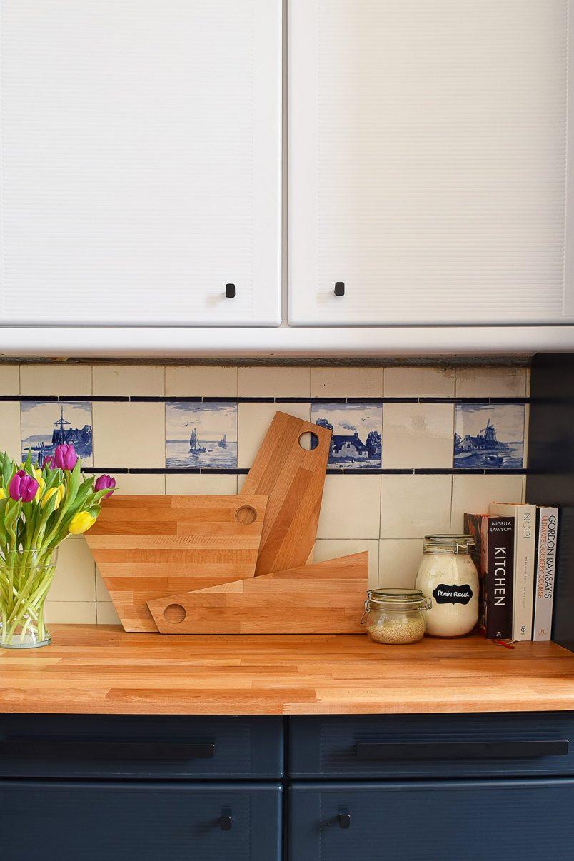 DIY Geometric Chopping Board | Little House On The Corner