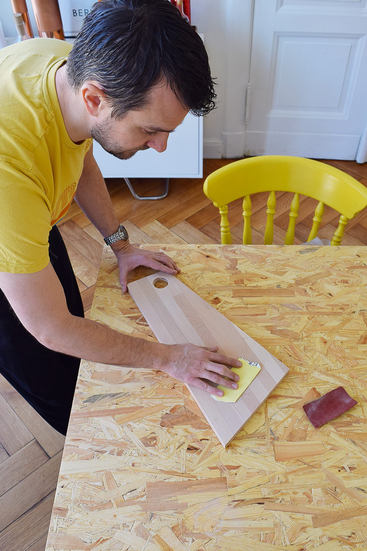 DIY Geometric Chopping Boards - Sanding | Little House On The Corner