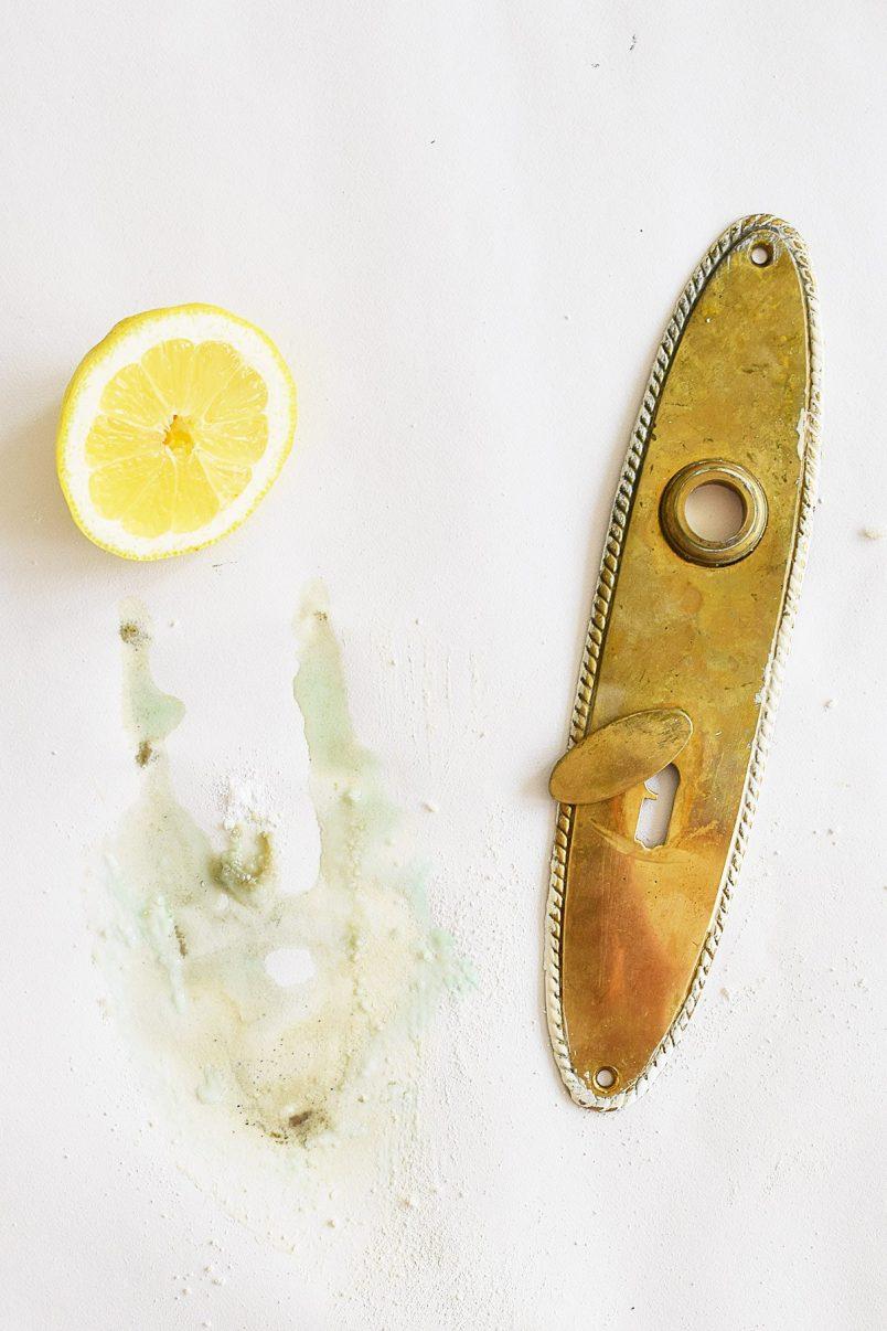 Cleaning Brass Door Handles with Lemon and Bicarbonate Soda
