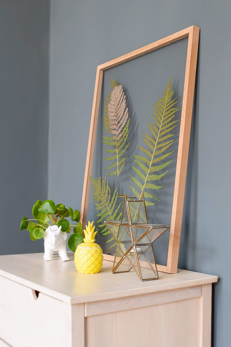 DIY Floating Picture Frame | Little House On The Corner
