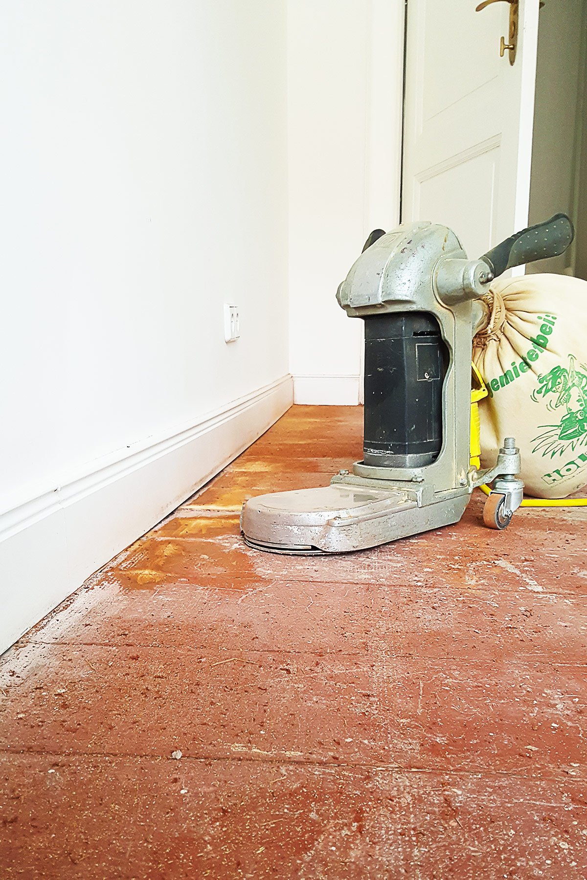 Sanding Floors - Edging Sander | Little House On The Corner