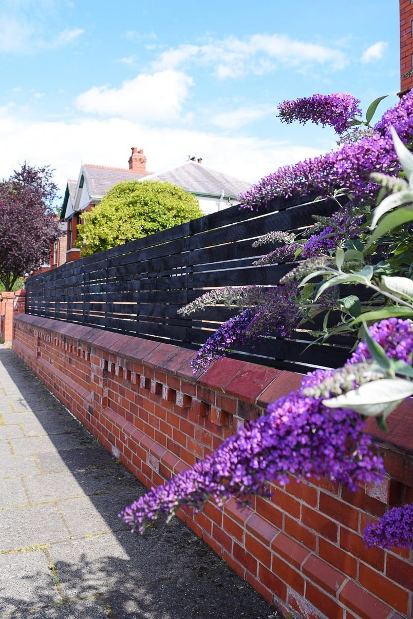DIY Slatted Garden Fence | Little House On The Corner