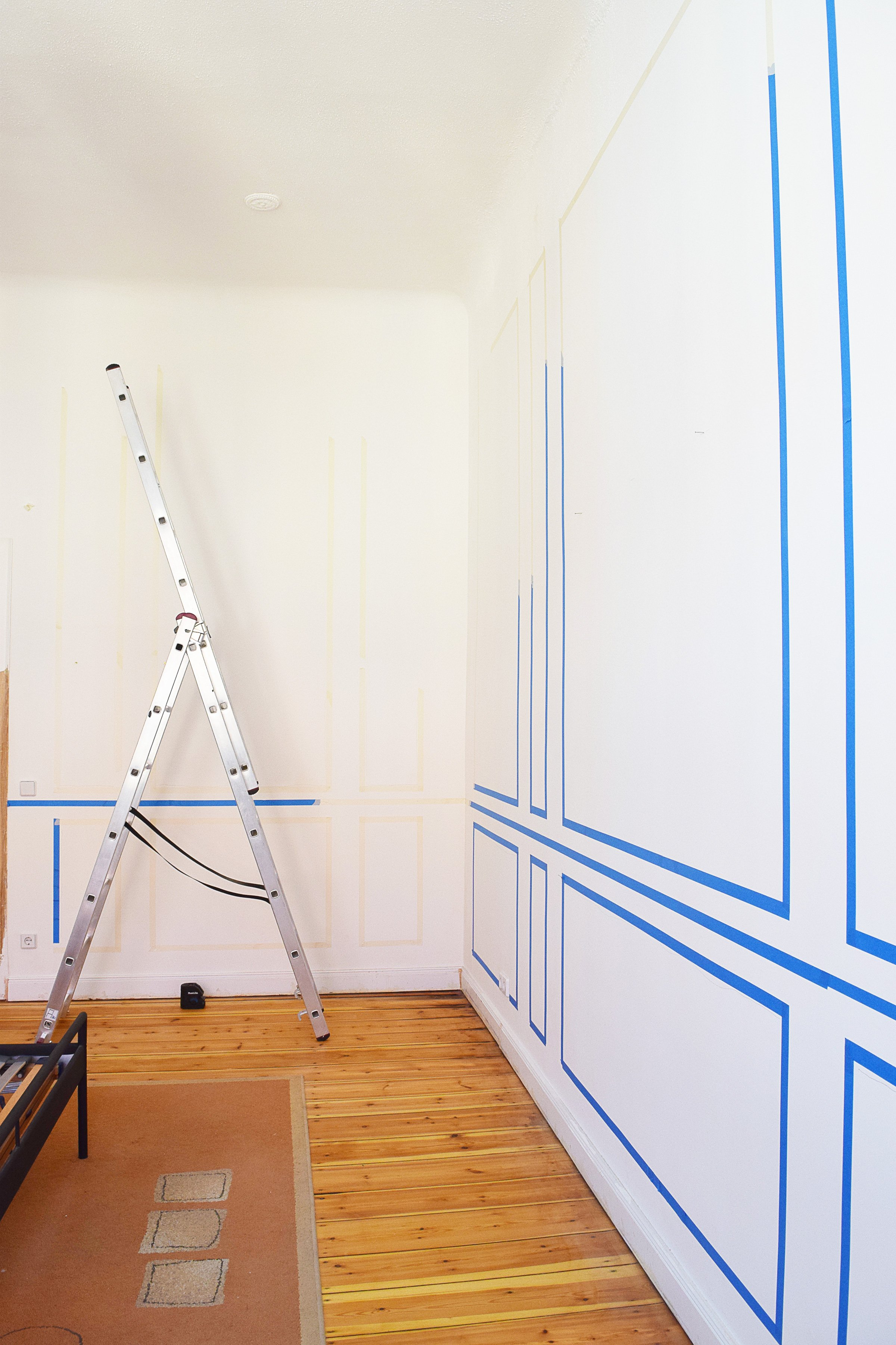 How To Plan & Install Panelling   Little House On The Corner