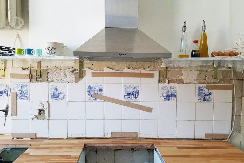 Kitchen Makeover DIY Thin Floating Shelves | Little House On The Corner