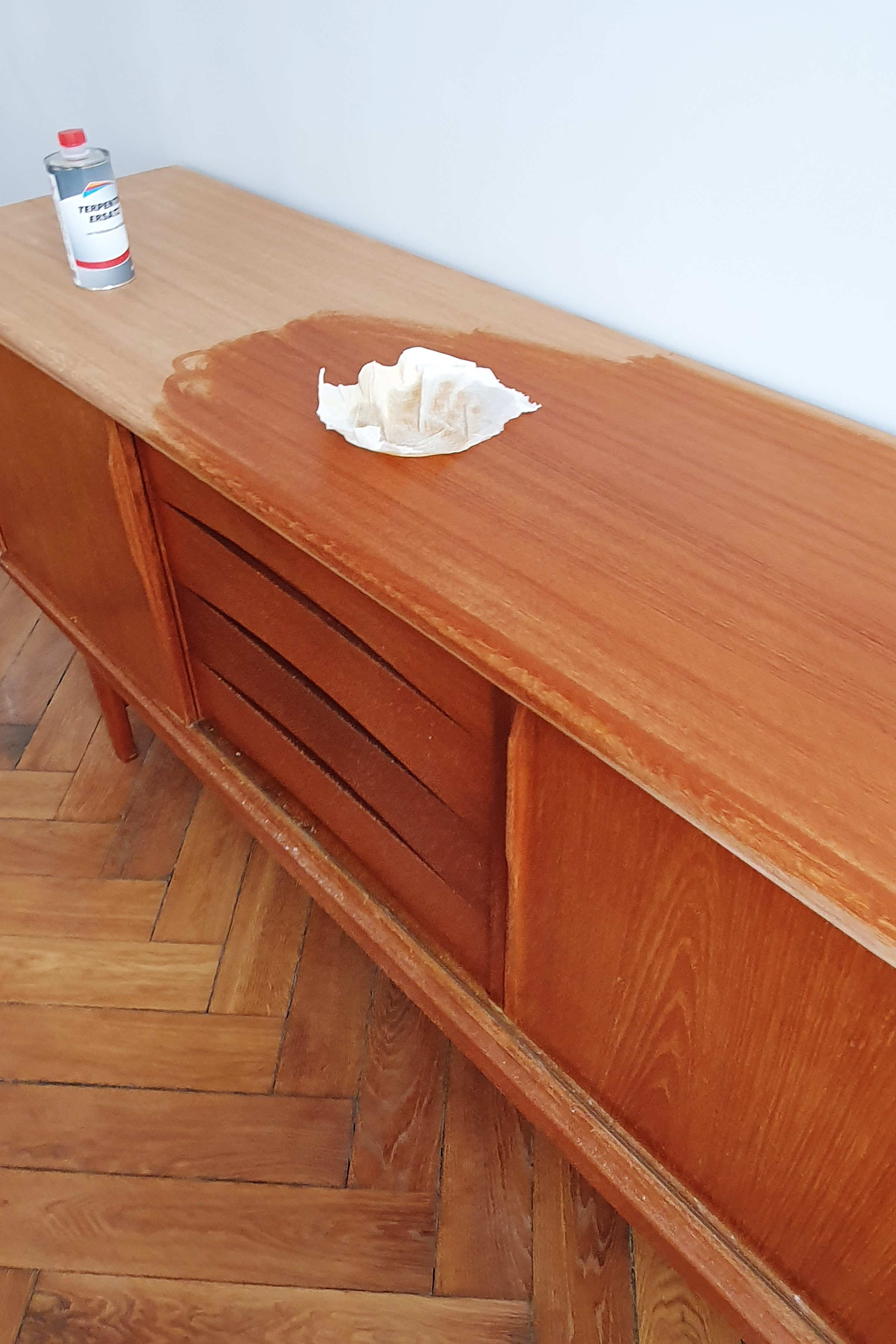 How To Remove Watermarks From Wooden Furniture | Little House On The Corner