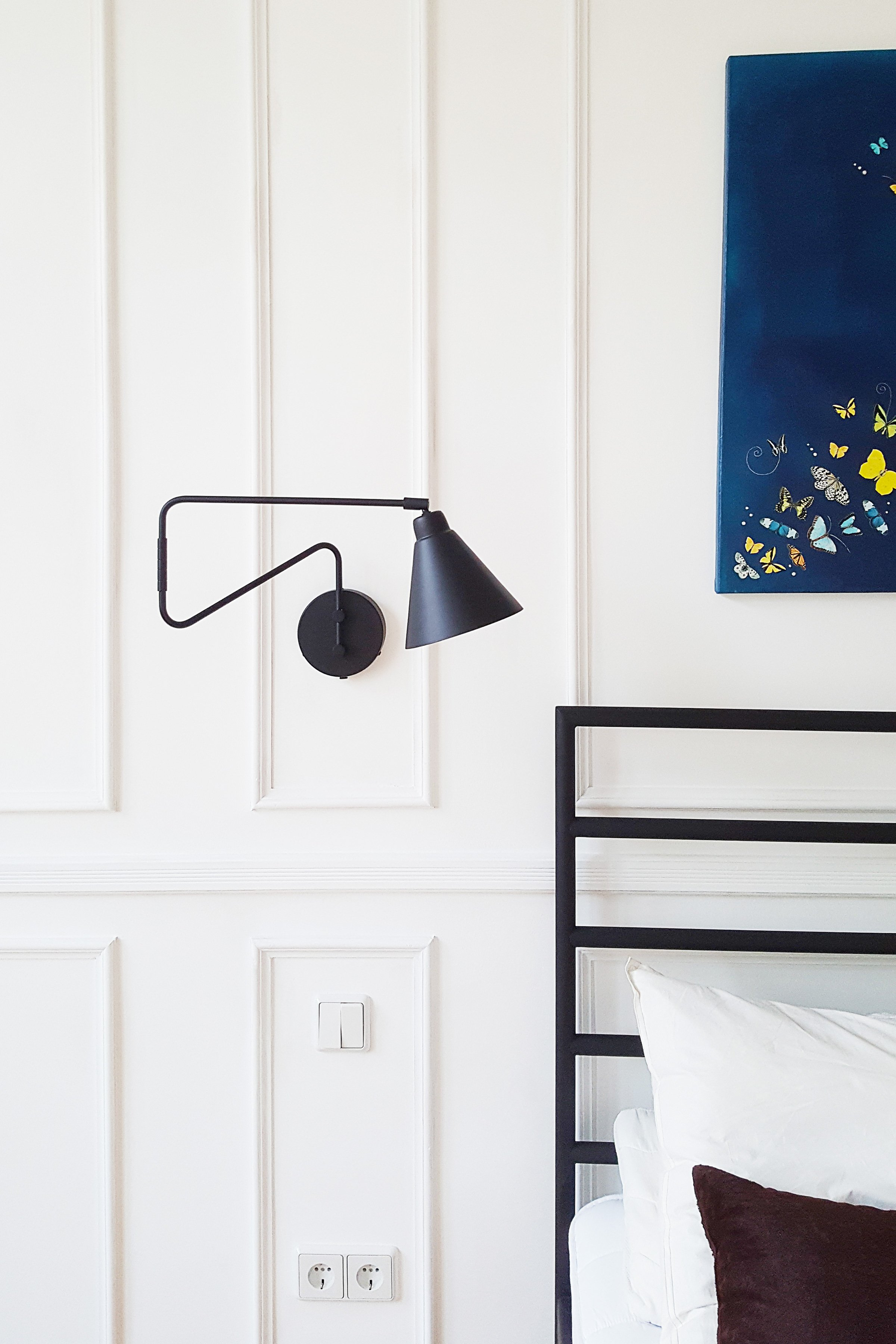 Guest Bedroom | Airbnb | House Doctor Lamp | Little House On The Corner