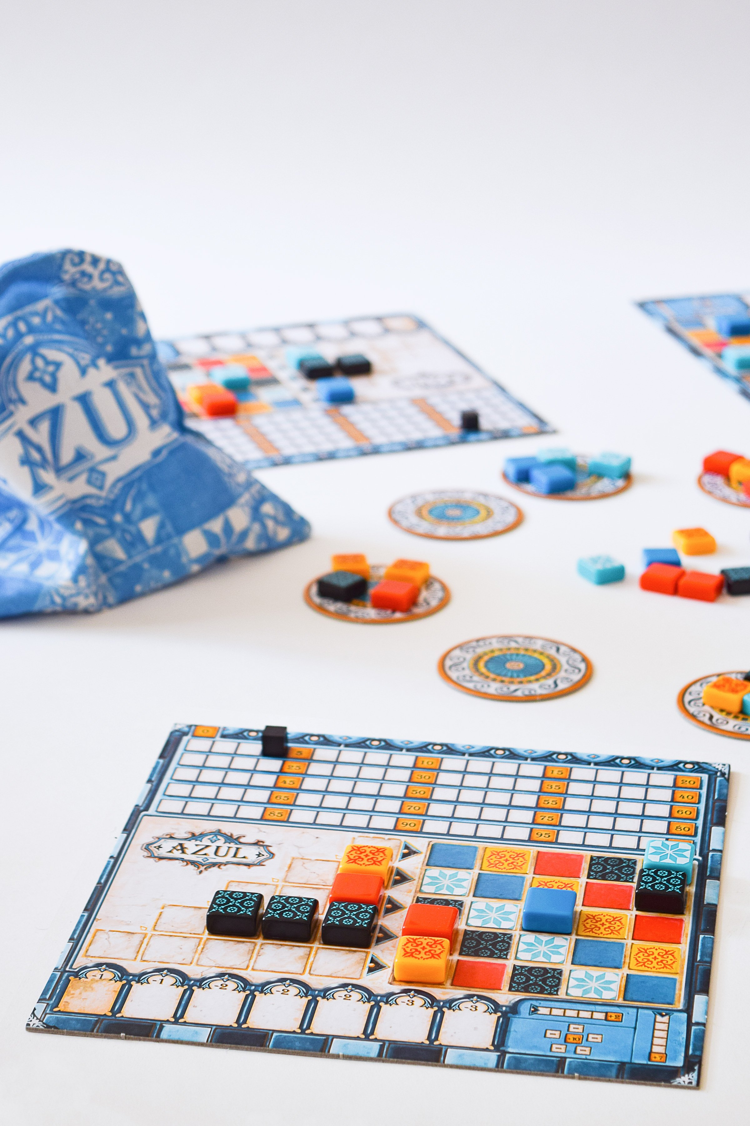 10 Board Games To Play With Friends & Family | Azul | Little House On The Corner