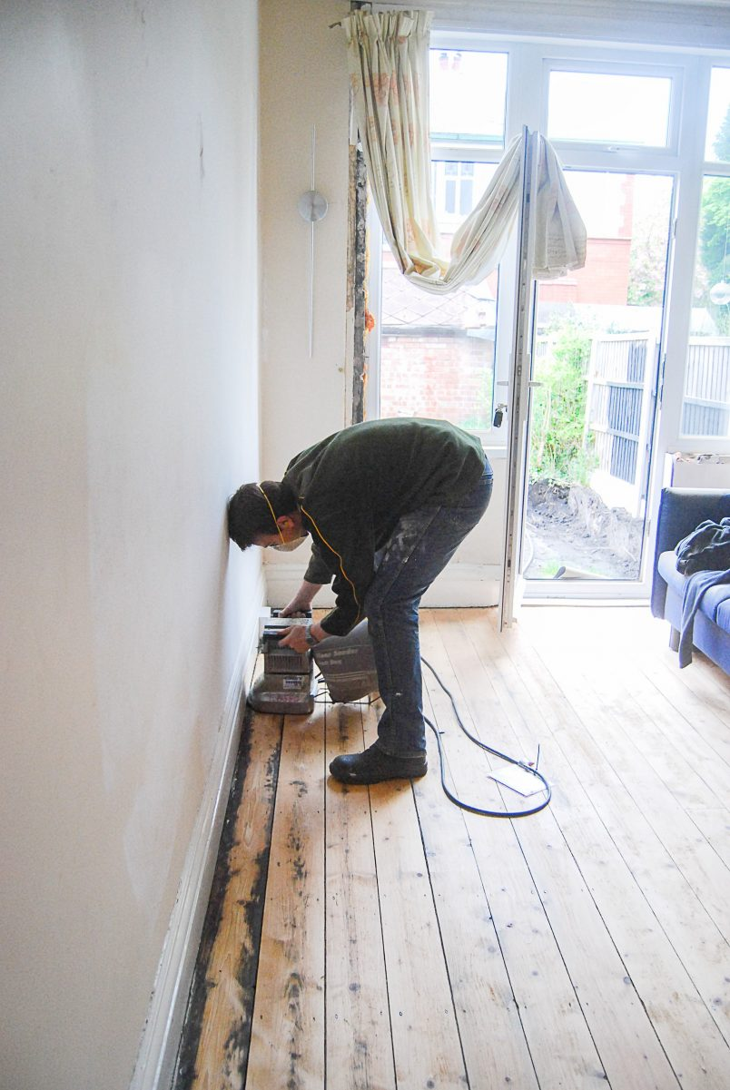 How To Sand Floors & Floorboards | Little House On The Corner