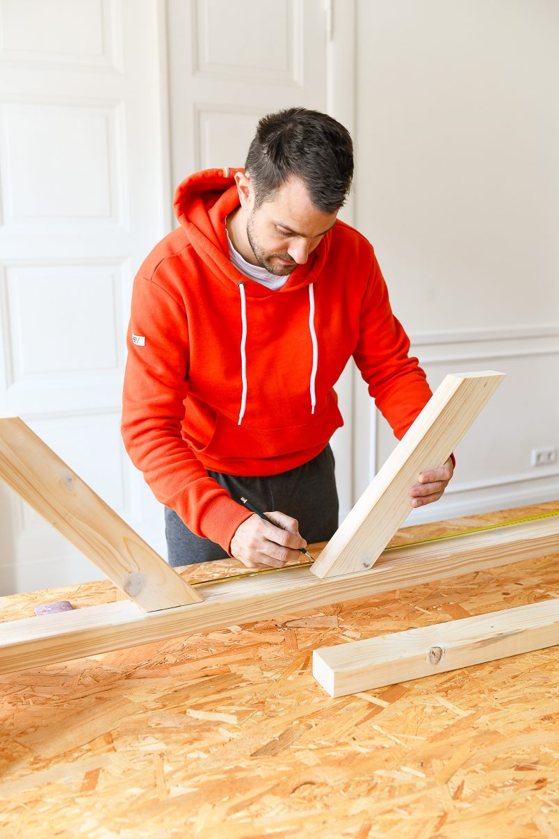DIY Dining Room Bench - Attach Diagonal Supports | Little House On The Corner