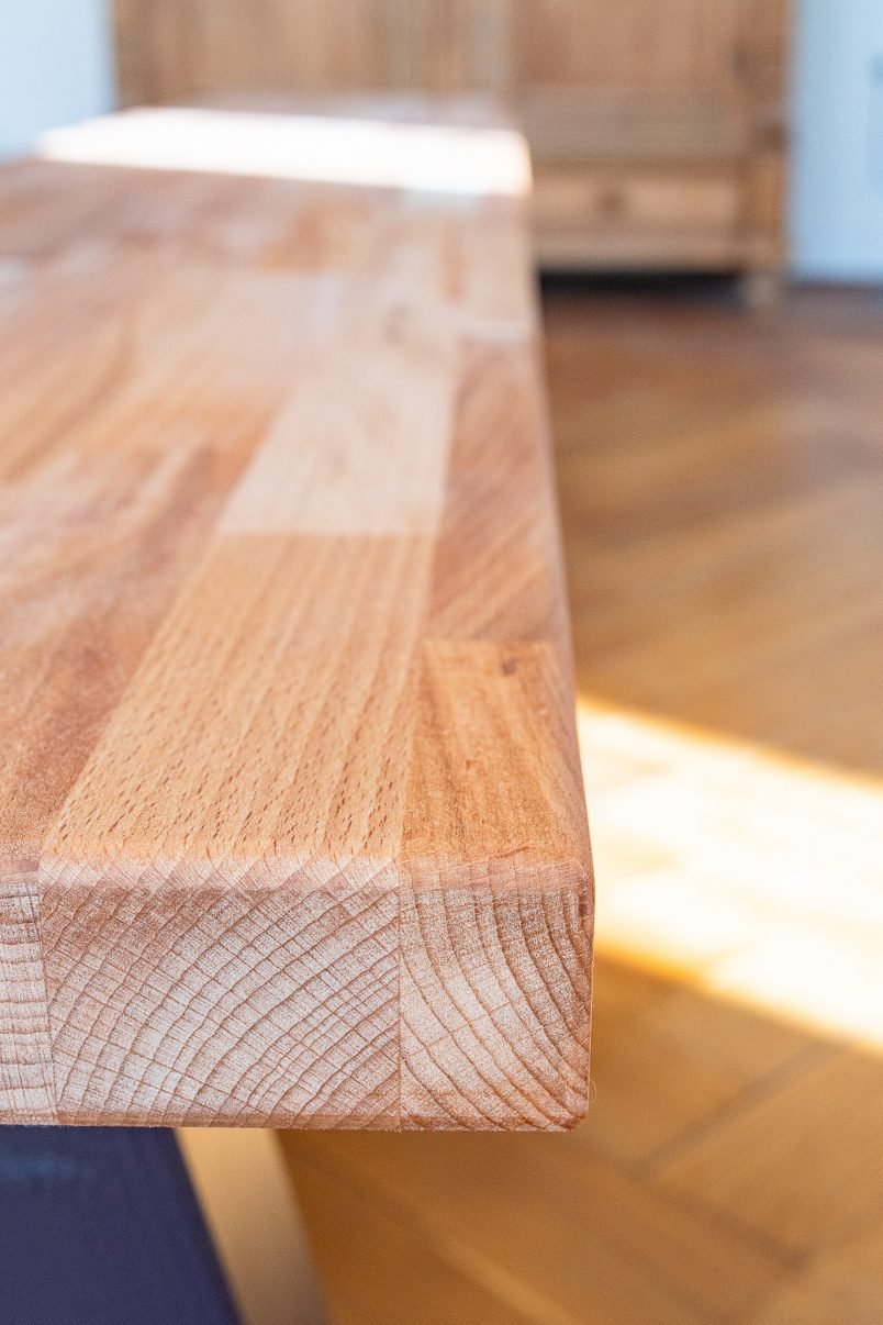 DIY Dining Room Bench - Round The Edge | Little House On The Corner