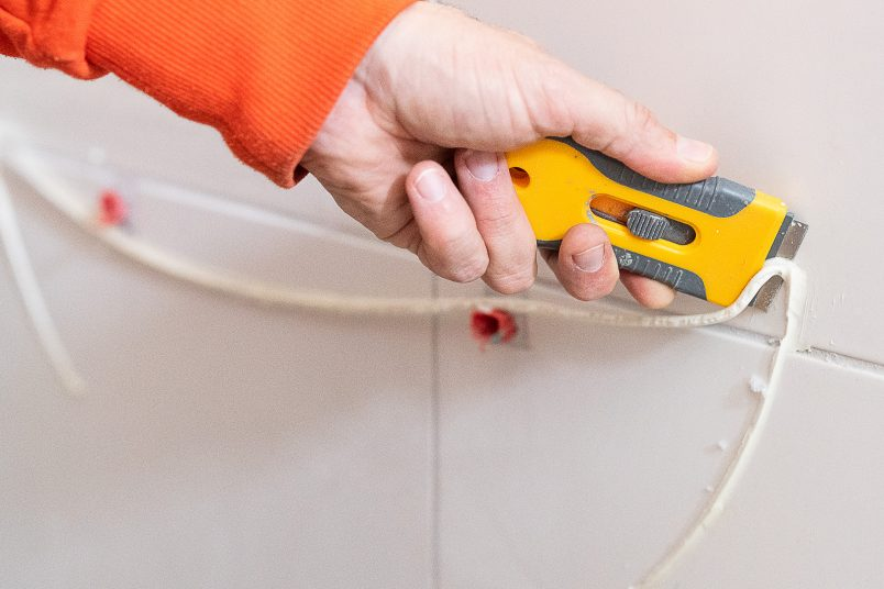 How To Install A Tap - Remove Silicone | Little House On The Corner