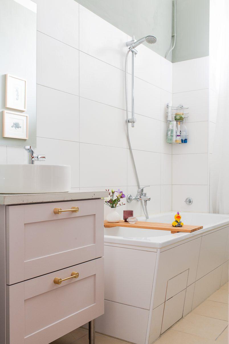 DIY Bathroom Makeover | Little House On The Corner