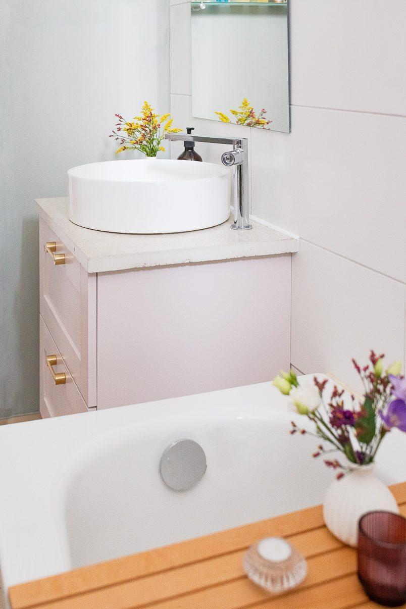 Bathroom Makeover Reveal | Little House On The Corner