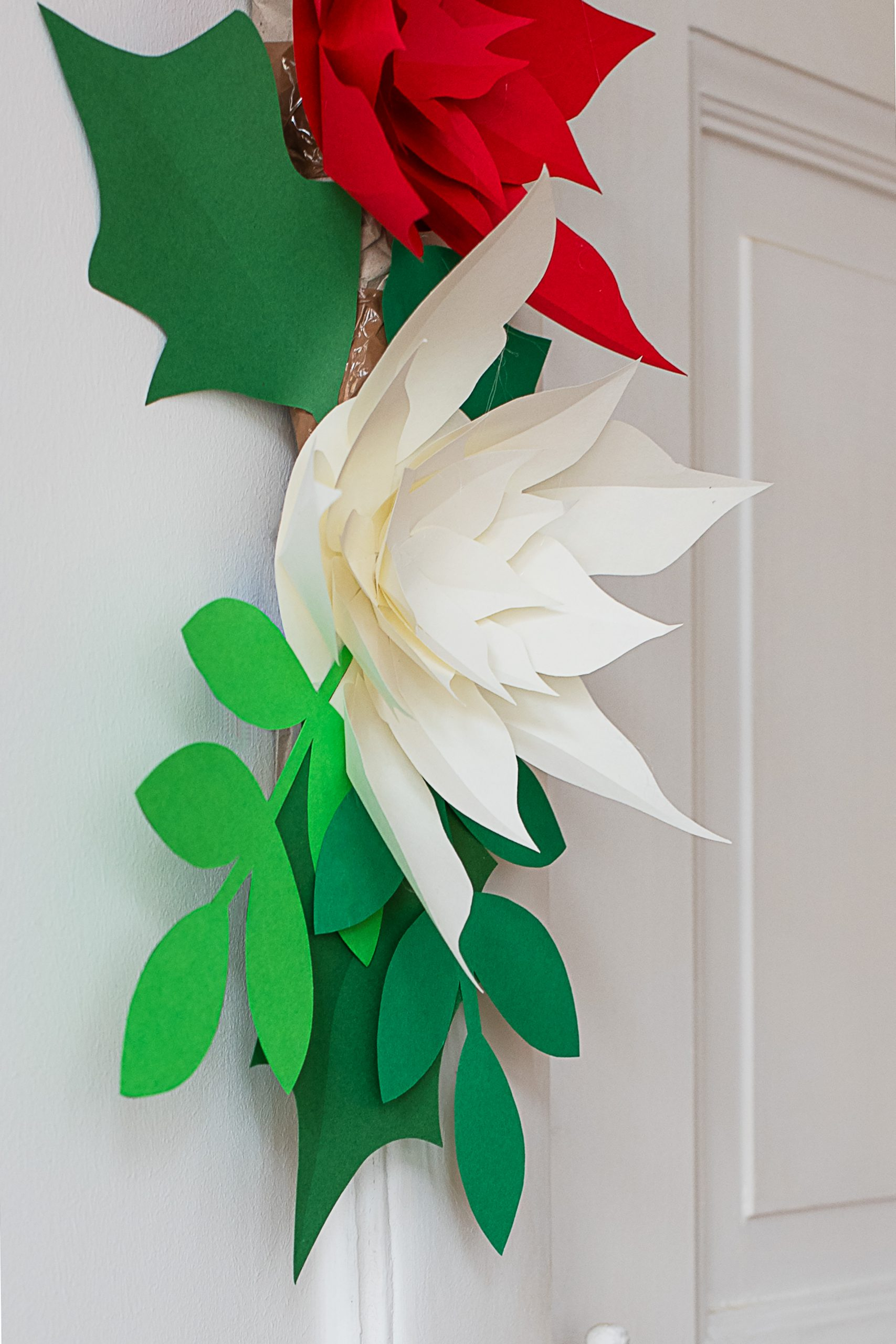 DIY Giant Paper Flower Garland | How to make a DIY Paper Flower Garland | Little House On The Corner