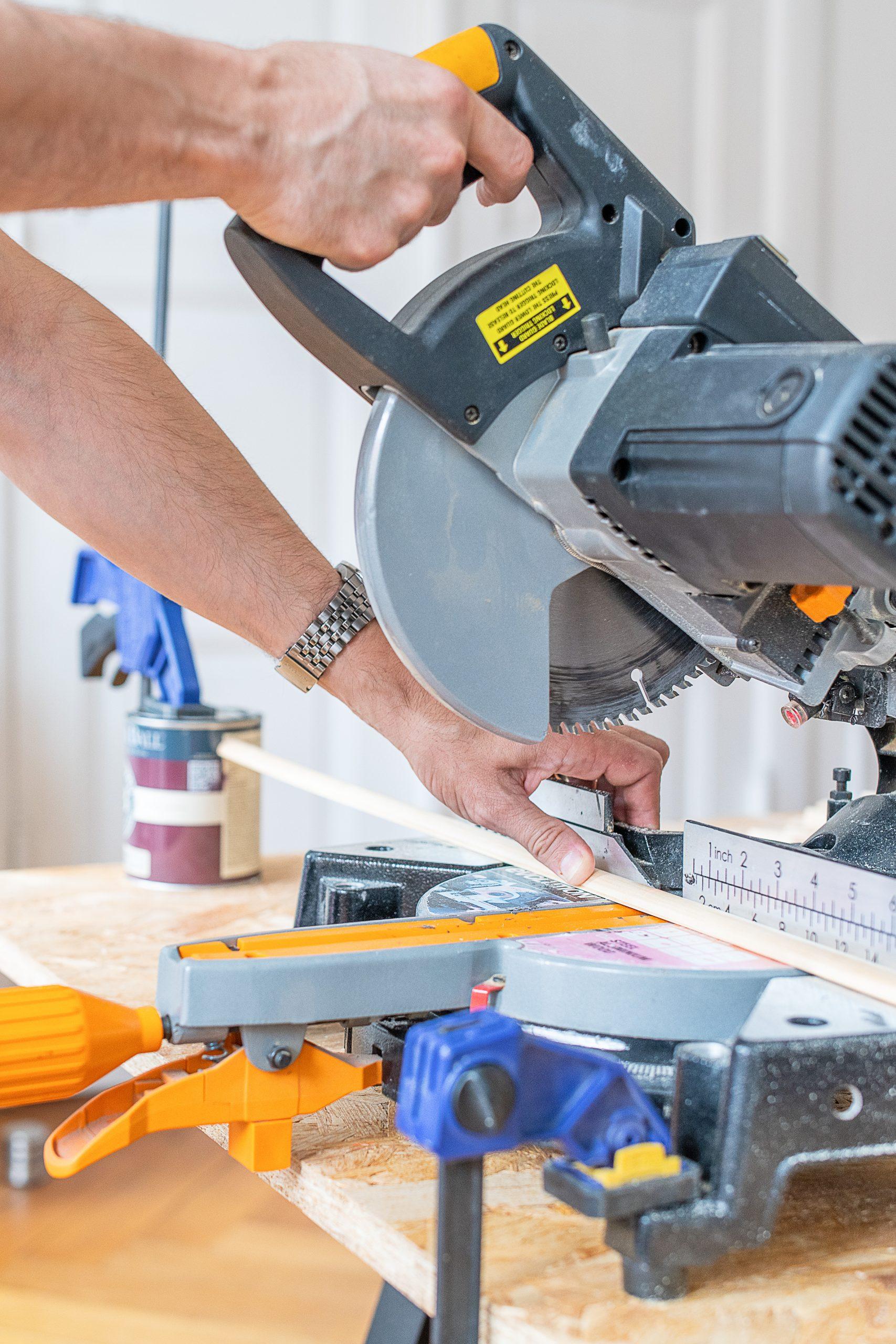 DIY Ribbed Sidetable - Cutting Slats