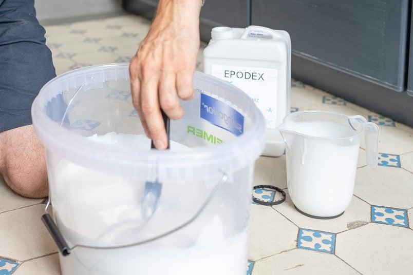 Mixing White Epoxy Resin